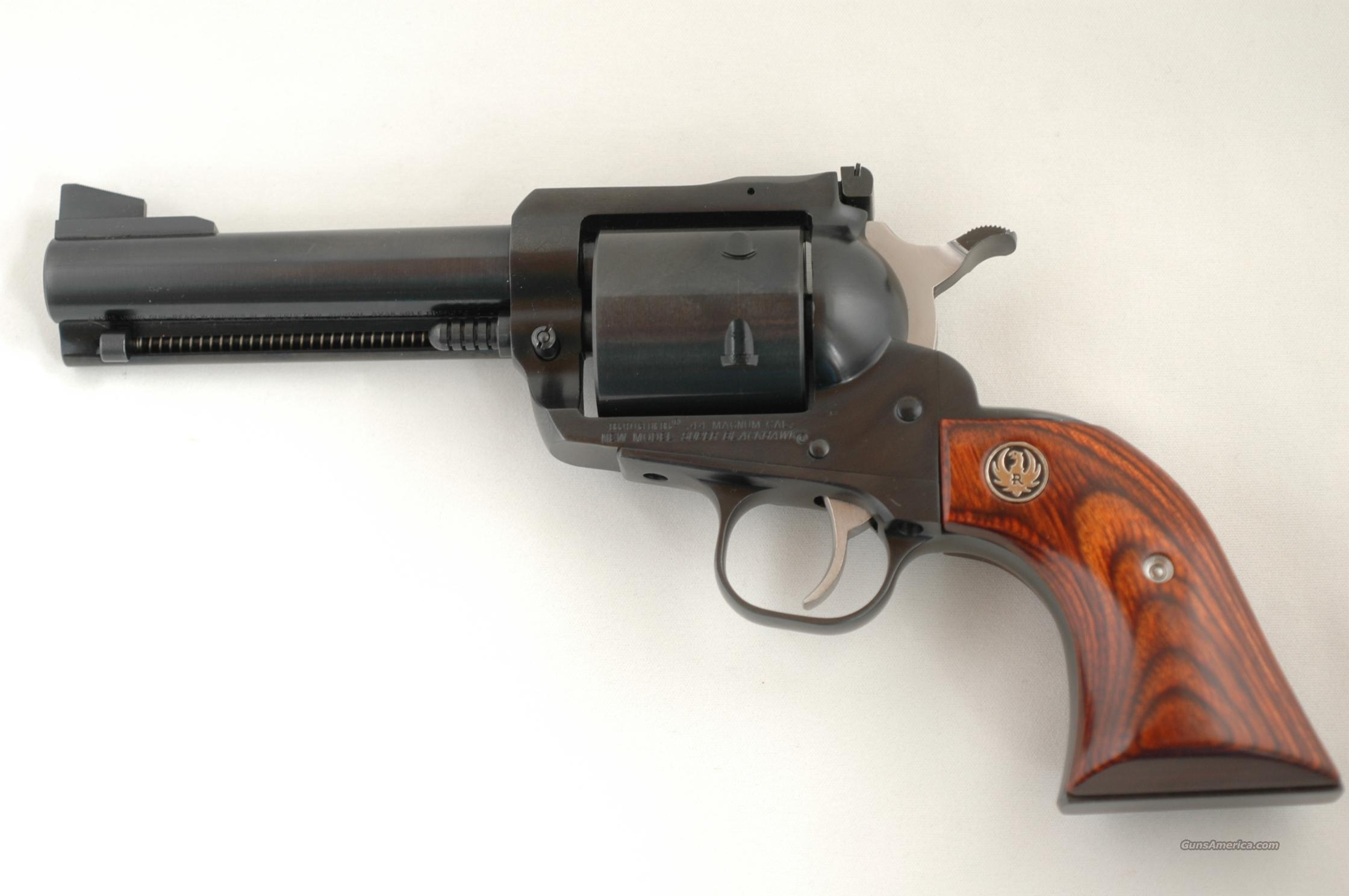 NEW MODEL RUGER SUPER BLACKHAWK 44 MAG BLUE  Guns > Pistols > Ruger Single Action Revolvers > Blackhawk Type