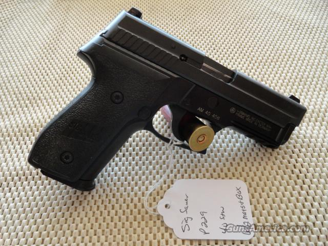 "Sig Sauer P229R .40 S&W ""LE TRADE IN's""  Guns > Pistols > Sig - Sauer/Sigarms Pistols > P229"