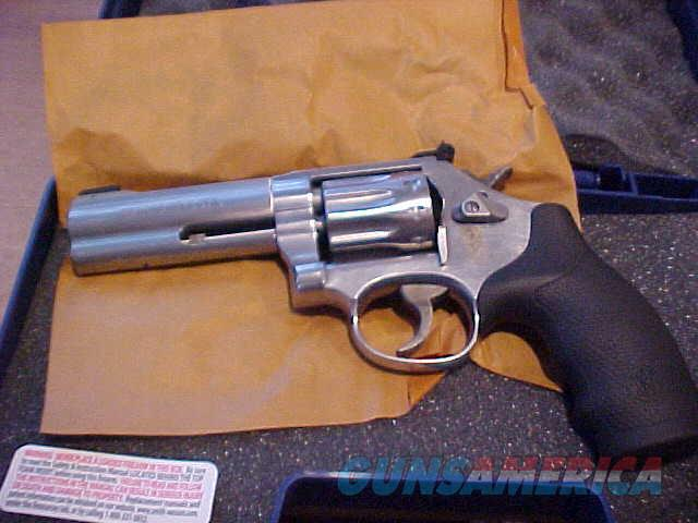 S&W 617-6  SS 10 SHOT 22LR  Guns > Pistols > Smith & Wesson Revolvers > Full Frame Revolver