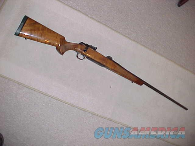 BROWNING A BOLT MEDALLION 300 WIN MAG (EARLY)  Guns > Rifles > Browning Rifles > Bolt Action > Hunting > Blue