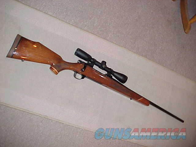 WEATHERBY VANGUARD DELUXE 300WBY  Guns > Rifles > Weatherby Rifles > Sporting