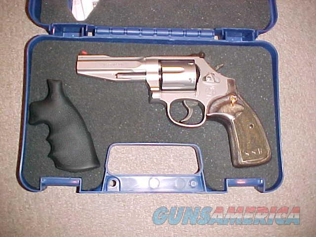 S&W 686 SSR PRO SERIES 357  Guns > Pistols > Smith & Wesson Revolvers > Performance Center