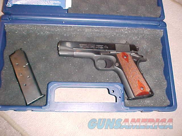 COLT COMBAT COMMANDER 45 ALL STEEL 45ACP  Guns > Pistols > Colt Automatic Pistols (1911 & Var)