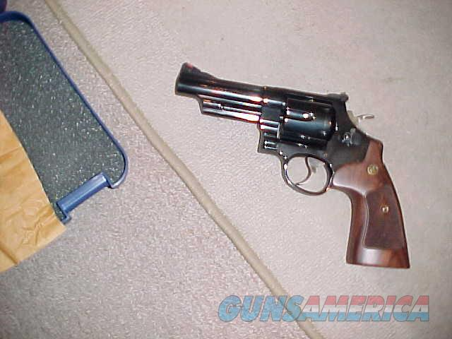 SMITH&WESSON MODEL 29-10 CLASSIC 44 MAGNUM  Guns > Pistols > Smith & Wesson Revolvers > Full Frame Revolver
