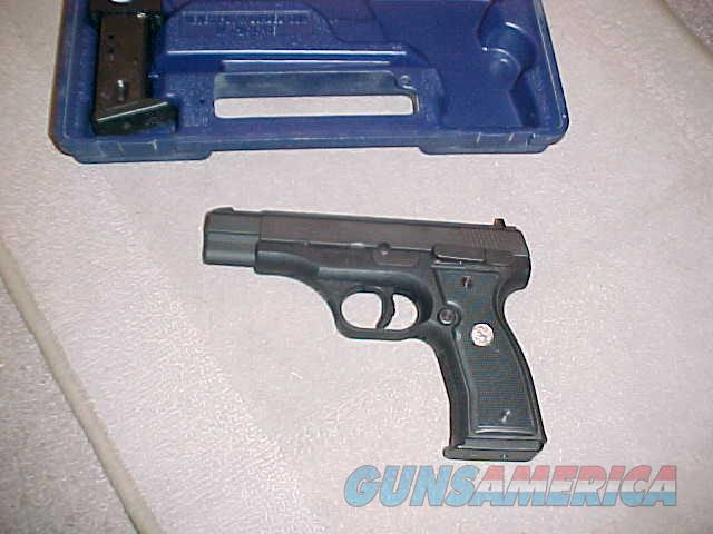 COLT ALL AMERICAN 2000 SEMI AUTO 9MM  Guns > Pistols > Colt Automatic Pistols (1911 & Var)