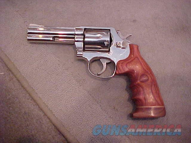 "SMITH&WESSON 581 RARE NICKEL 357 MAG 4""  Guns > Pistols > Smith & Wesson Revolvers > Full Frame Revolver"
