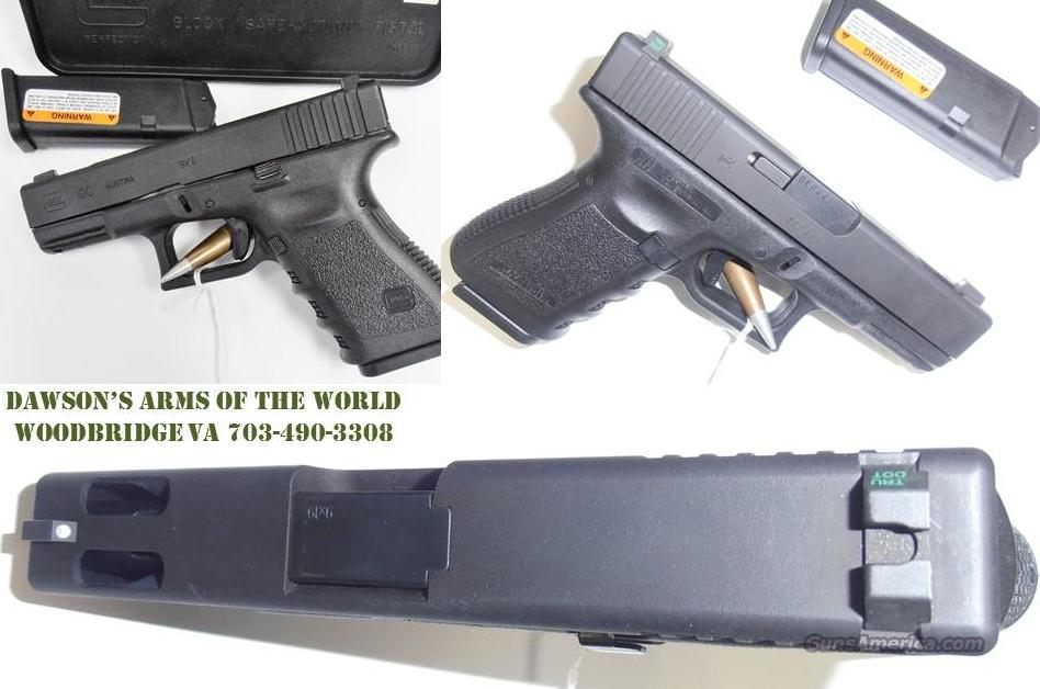 Glock 19C 9mm Night Sights -  In Excellent Condition  Guns > Pistols > Glock Pistols > 19