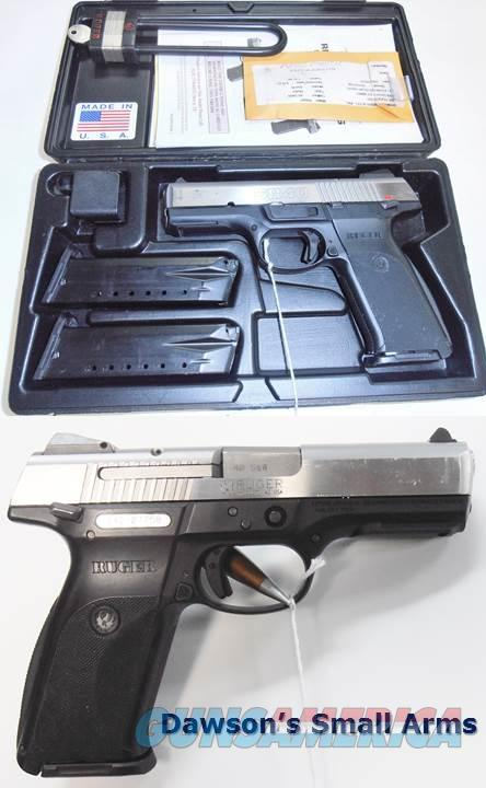 Ruger SR40 - 40S&W with 3 Magazines in Factory Box.  Guns > Pistols > Ruger Semi-Auto Pistols > SR9/SR40/SR45