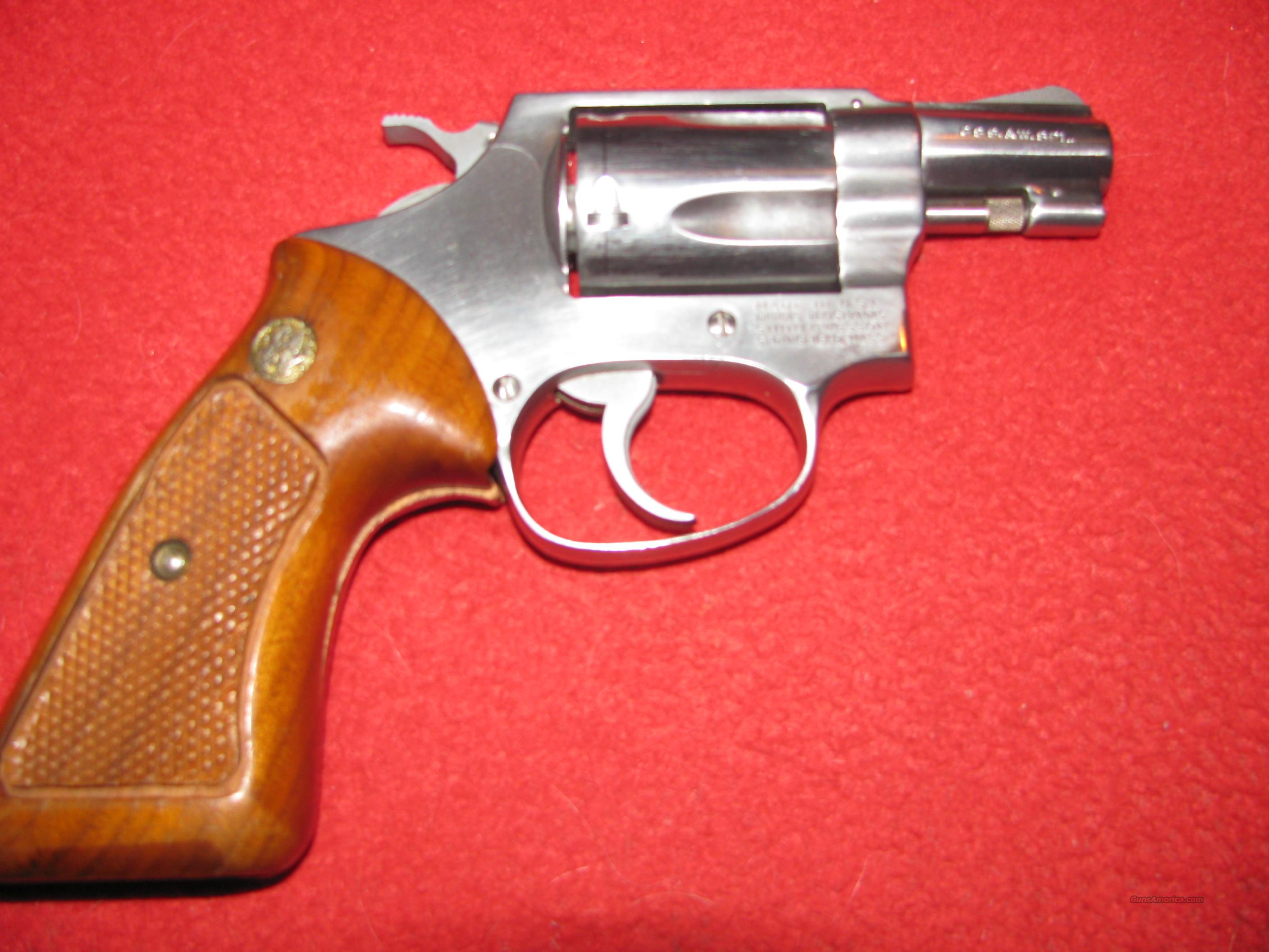 Smith and Wesson Model 60  Guns > Pistols > Smith & Wesson Revolvers > Pocket Pistols