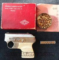 VINTAGE ITALIAN GAS.FLARE STARTER PISTOLA LANCIA RAZZI  MODEL 1900 Cal. 22 MM Nichel WITH BOX and instructions  Non-Guns > Air Rifles - Pistols > Vintage