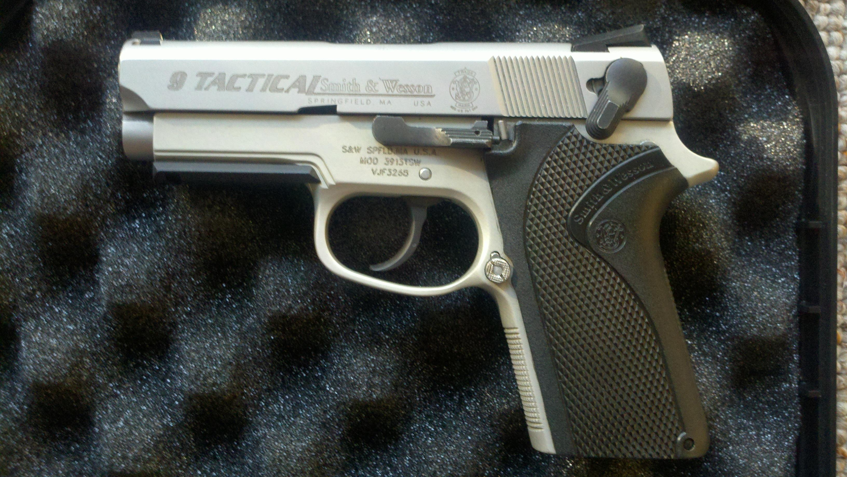 Smith & Wesson 9 TACTICAL 3913 3913TSW NO RESERVE!  Guns > Pistols > Smith & Wesson Pistols - Autos > Alloy Frame