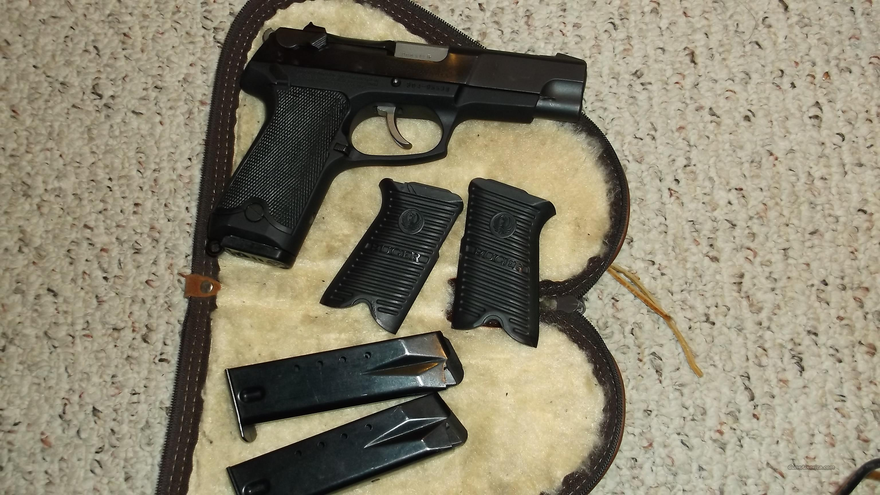 RUGER P89 9MM FREE S/H 3 16RD MAGS  Guns > Pistols > Ruger Semi-Auto Pistols > P-Series