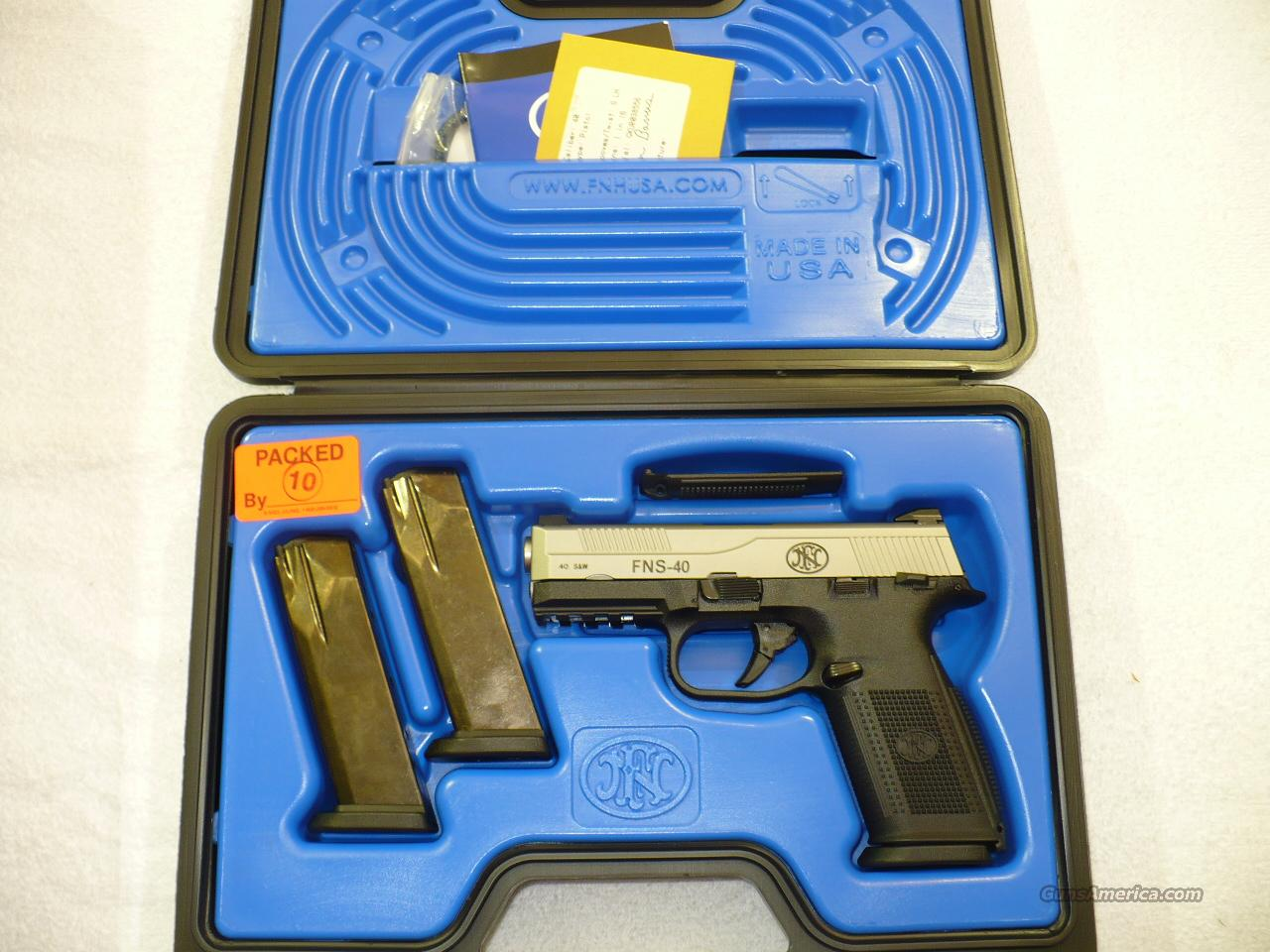 FNH FNS 40S&W SS Night Sights  Guns > Pistols > FNH - Fabrique Nationale (FN) Pistols > FNP