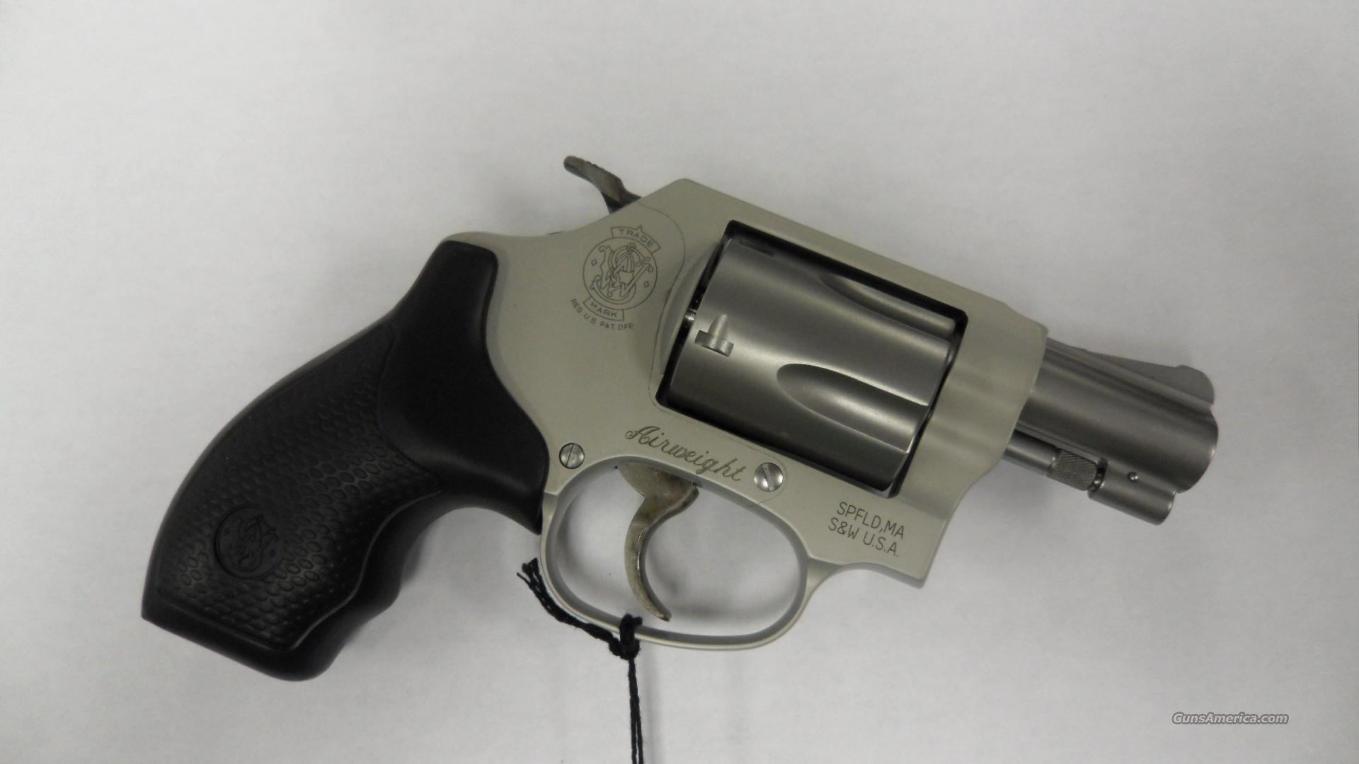 Smith & Wesson Airweight 637-2, 38cal Revolver. In great condition. Comes with case.  Guns > Pistols > Smith & Wesson Revolvers > Full Frame Revolver