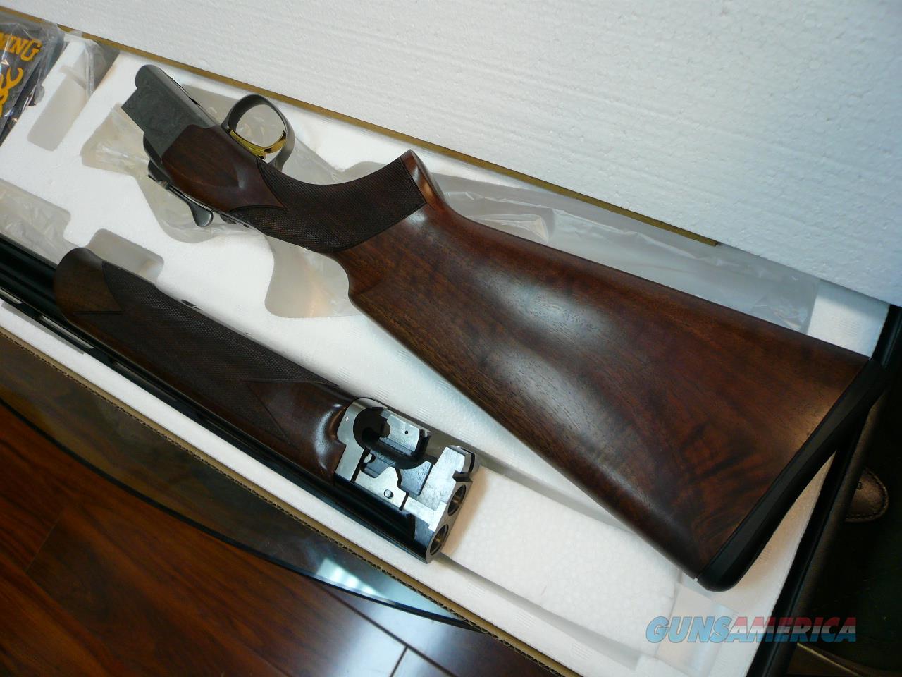 "CITORI/725 Field 28Ga 28"" NIB  Guns > Shotguns > Browning Shotguns > Over Unders > Citori > Hunting"