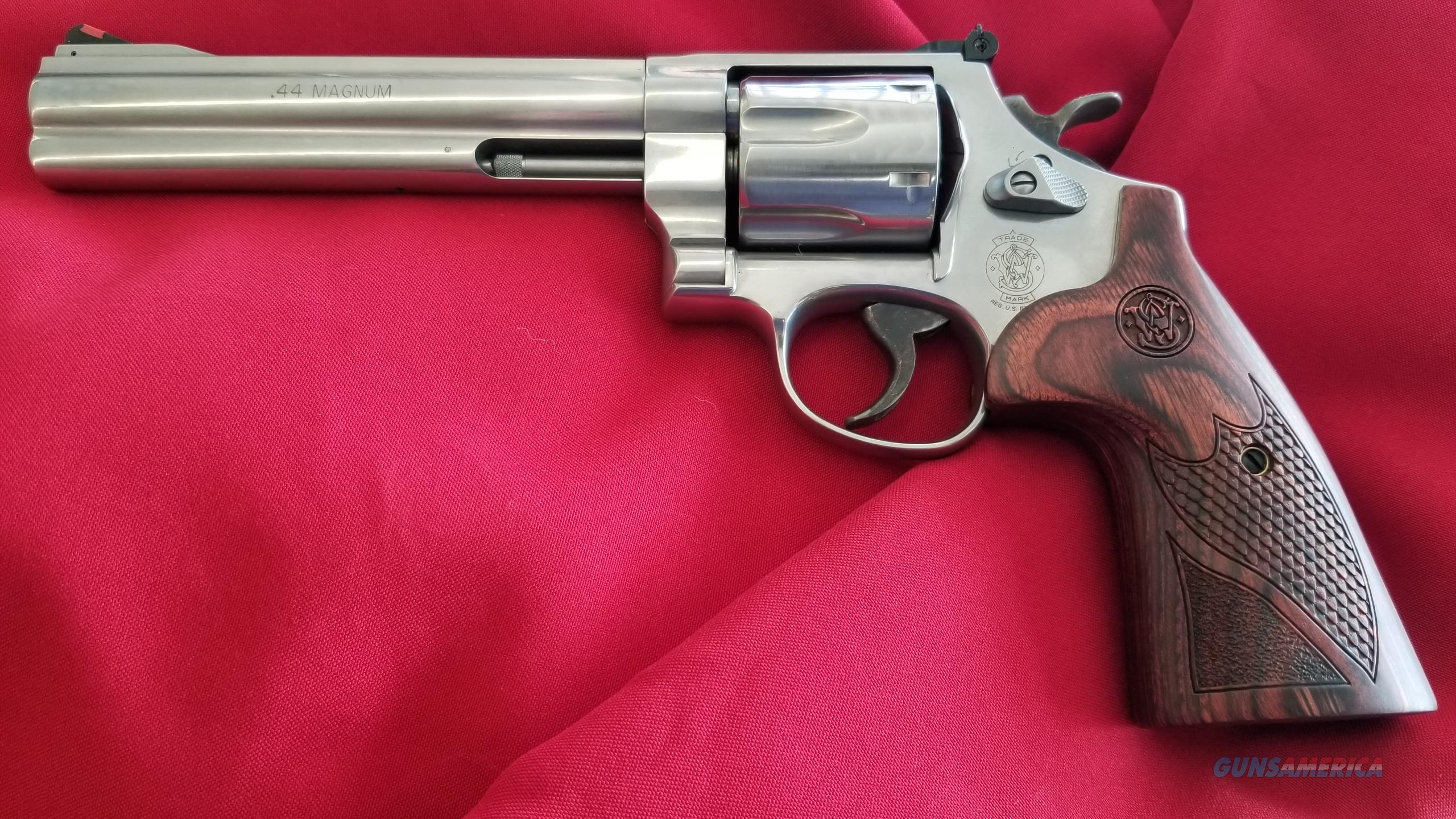 Smith & Wesson 629 Deluxe 6.5 Inch Barrel in 44 Magnum  Guns > Pistols > Smith & Wesson Revolvers > Model 629