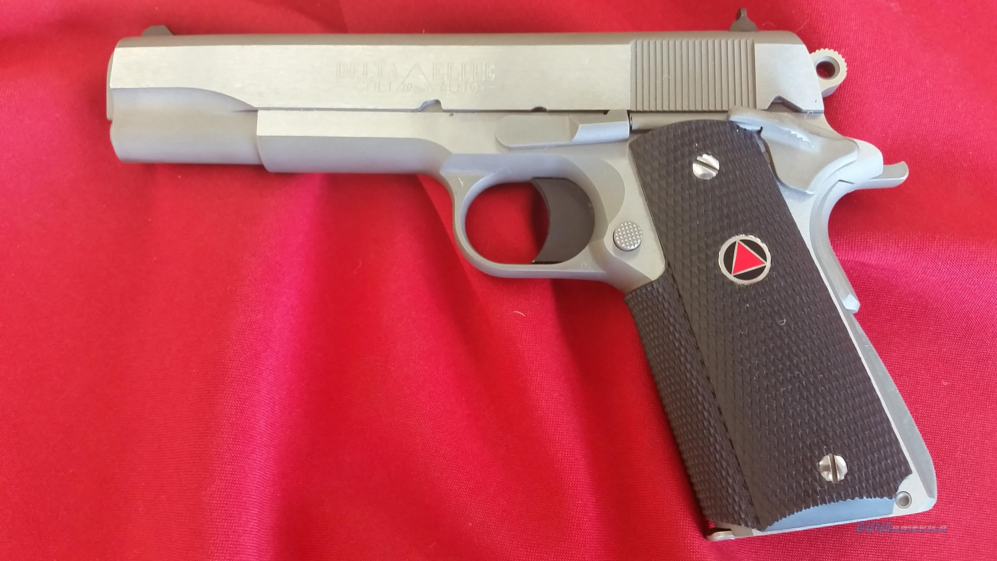 Colt Delta Elite 10mm w/ Wrap Around Grips and (2) 8 Round Mags  Guns > Pistols > Colt Automatic Pistols (1911 & Var)