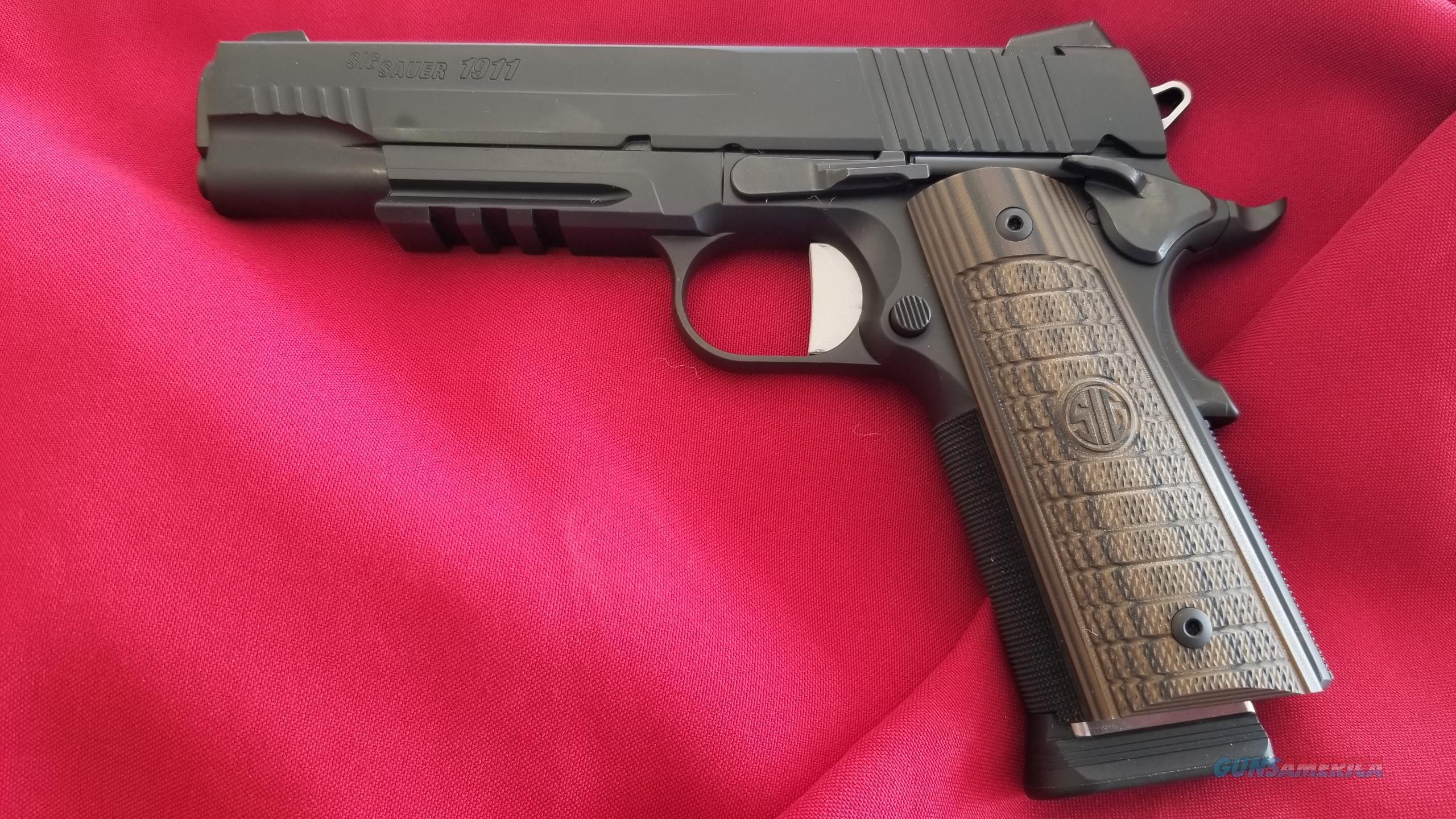 Pre Owned Sig Sauer 1911 Select .45 ACP  Guns > Pistols > Sig - Sauer/Sigarms Pistols > 1911