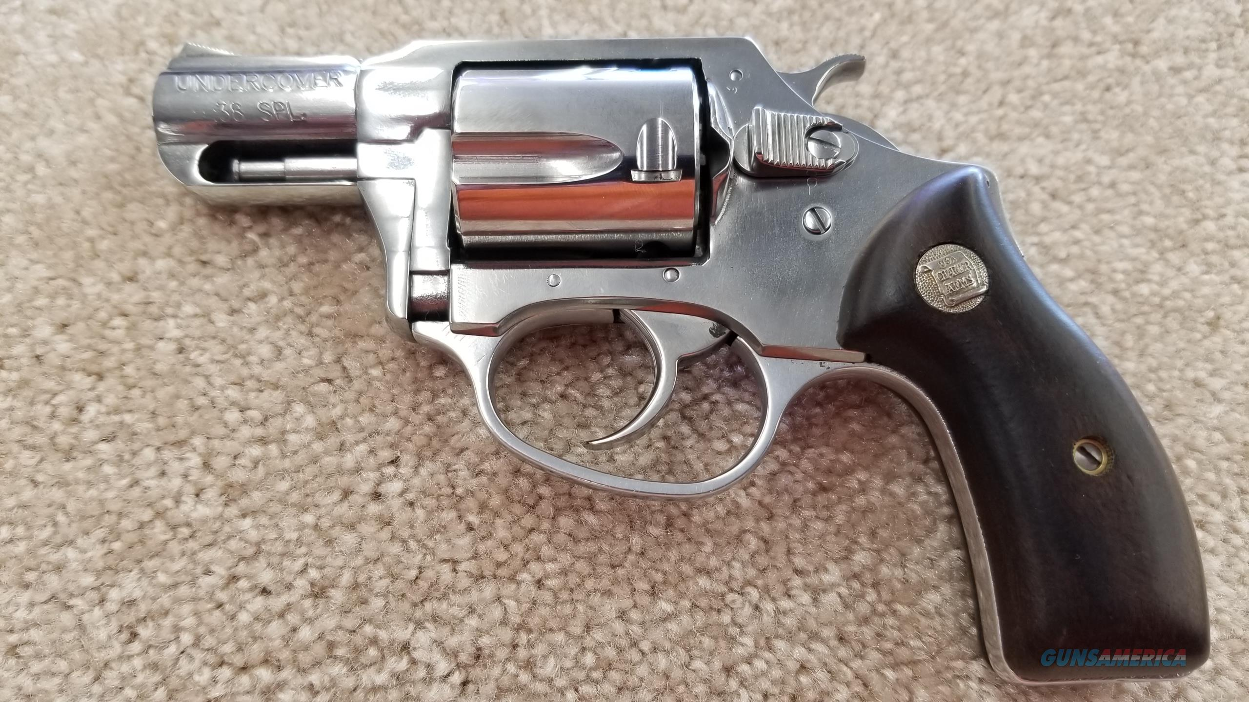 Charter Arms Undercover High Polished w/ Wooden Grips  Guns > Pistols > Charter Arms Revolvers