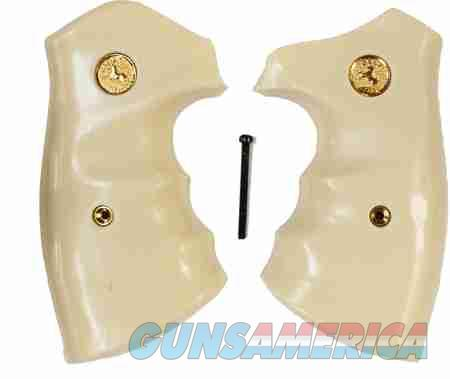 Colt Python Combat Grips With Finger Grooves  Non-Guns > Gun Parts > Grips > Other