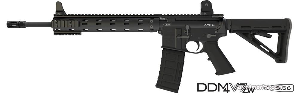 Daniel Defense M4 Carbine v7 LW (NEW STYLE)  Guns > Rifles > AR-15 Rifles - Small Manufacturers > Complete Rifle
