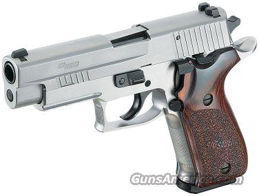 SIG P220 45ACP ELITE SS NS WOOD GRIPS 2 8RD MAGS   Guns > Pistols > Sig - Sauer/Sigarms Pistols > P220
