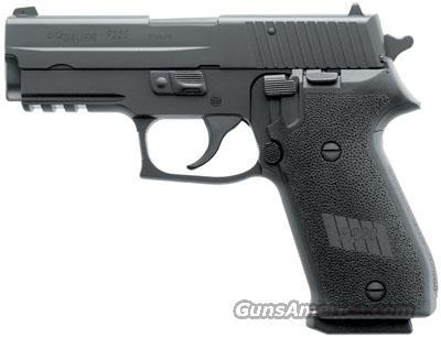 SIG SAUER P220 CARRY 45ACP BLK CONTRAST SIGHTS  Guns > Pistols > Sig - Sauer/Sigarms Pistols > P220