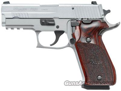 SIG SAUER P220 ELITE 45ACP SS NS WOOD GRIPS 2 8RD MAGS   Guns > Pistols > Sig - Sauer/Sigarms Pistols > P220