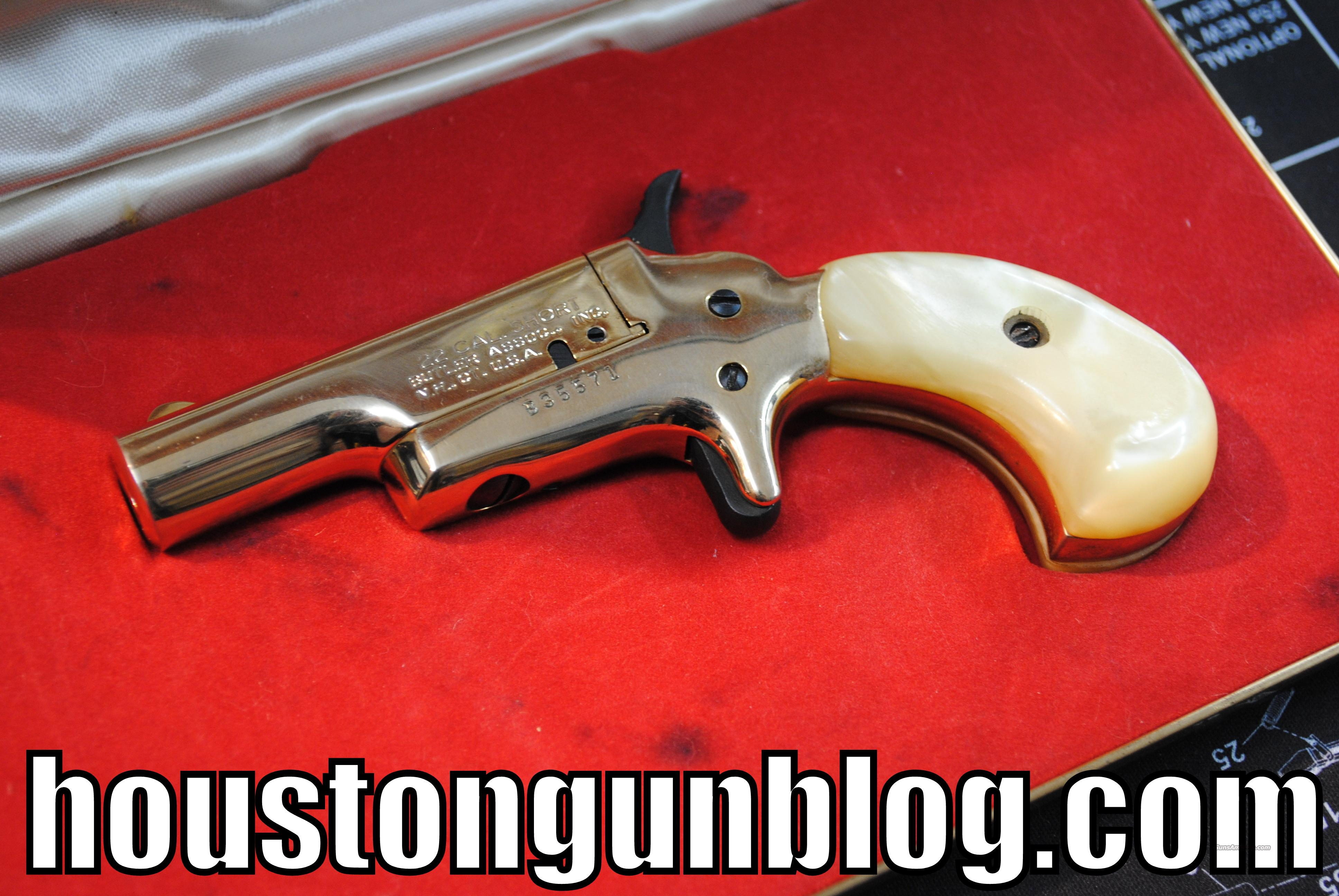 Butler 22 Short Side Loading Gold Derringer  Guns > Pistols > Derringer Replica