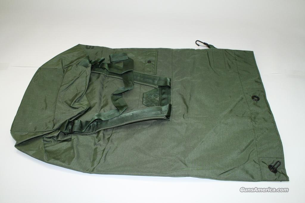 Duffel Bag Camouflage Green Unissued nsn 8465-01-117-8699  Non-Guns > Military > Backpacks > Surplus > US