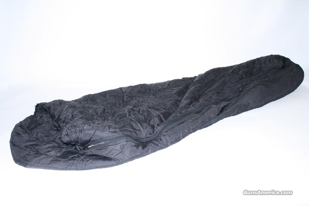 US Military Surplus Black Intermediate Sleeping Bag NSN: 8465-01-398-0687  Non-Guns > Military > Camping/Survival