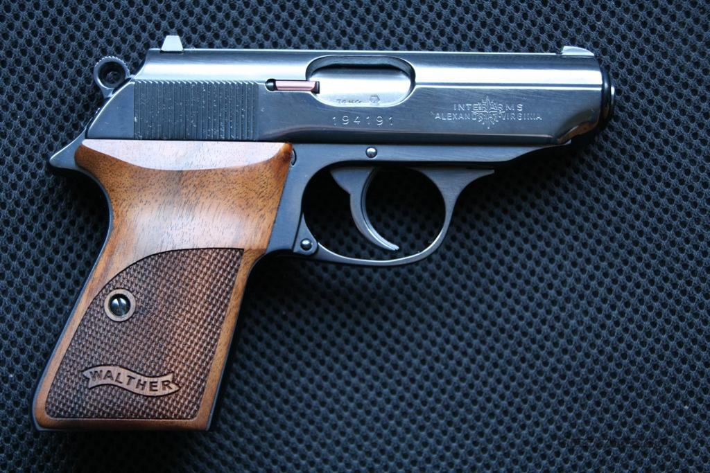 CARL WALTHER PPK/S MADE IN GERMANY BLUE .380  Guns > Pistols > Walther Pistols > Post WWII > PPK Series