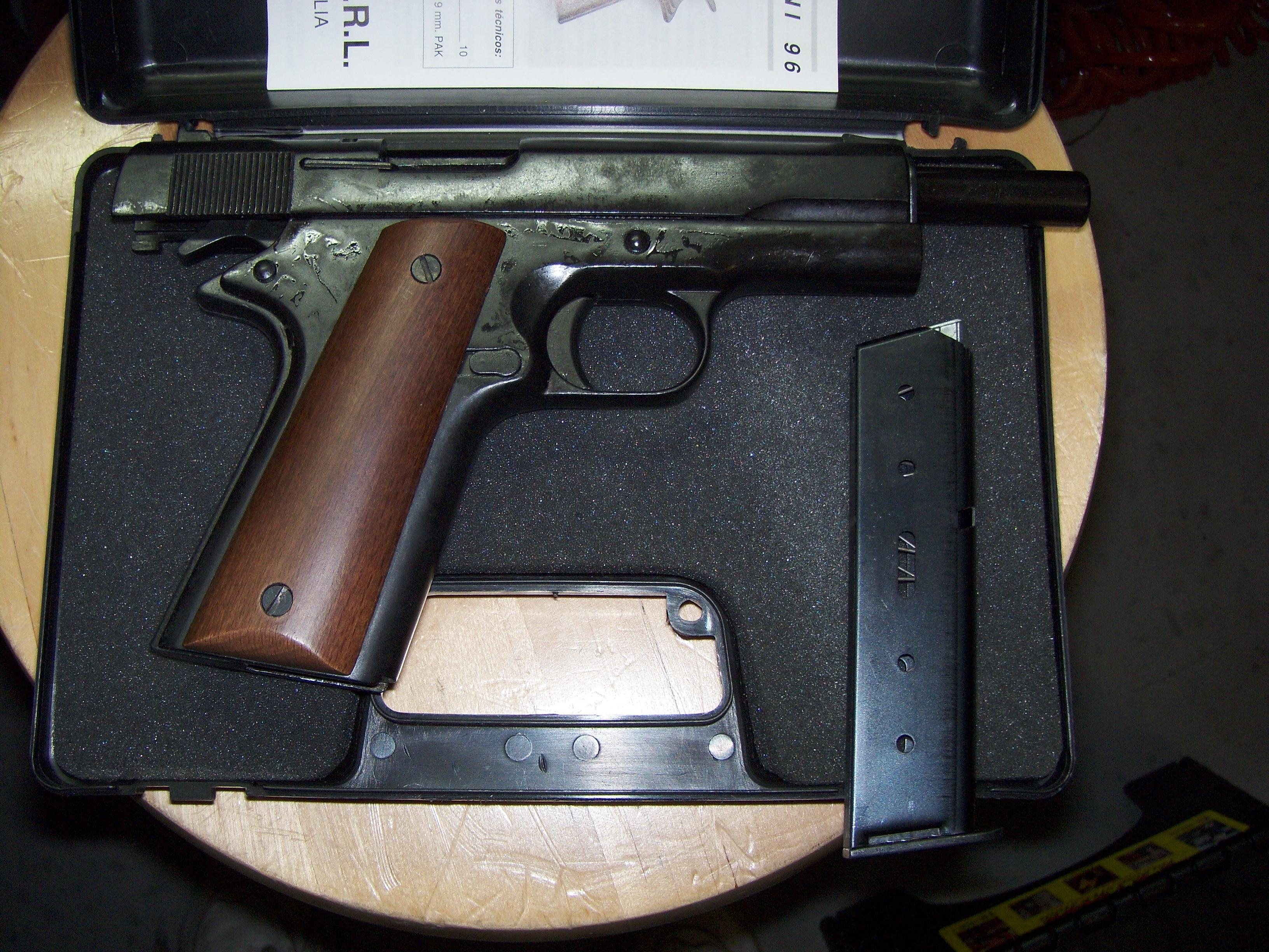 BRUNI 8MM BLANK AUTOMATIC PROP PISTOL - NEW IN BOX - USED IN MOVIE INDUSTRY- USES 8MM BLANKS  Guns > Pistols > B Misc Pistols