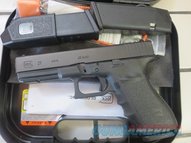 Glock 21 Gen3 .45 13+1 3 mags NIB G21 Gen 3 SALE PRICE G2113US  Guns > Pistols > Glock Pistols > 20/21