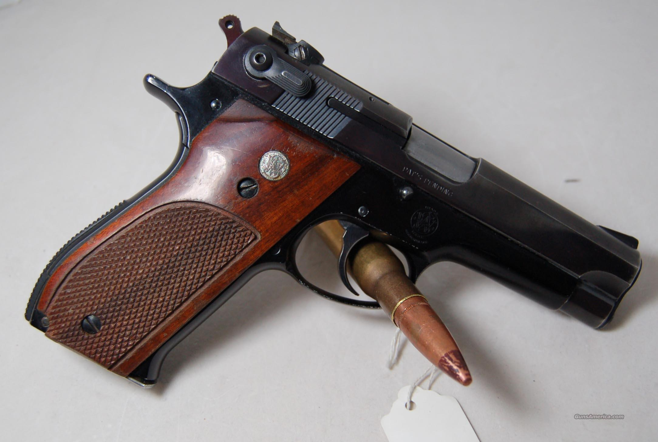 S&W 39-2  Guns > Pistols > Smith & Wesson Pistols - Autos > Alloy Frame