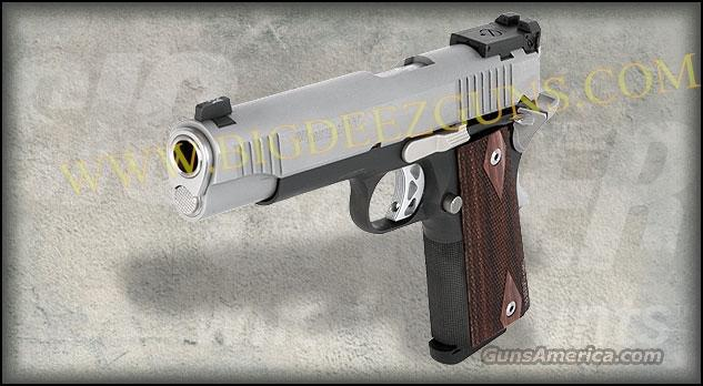 Sig Sauer 1911 TRADITIONAL TWO TONE MATCH ELITE 8 + 1 45 ACP 2 Magazines 1911T-45-TME  Guns > Pistols > Sig - Sauer/Sigarms Pistols > 1911