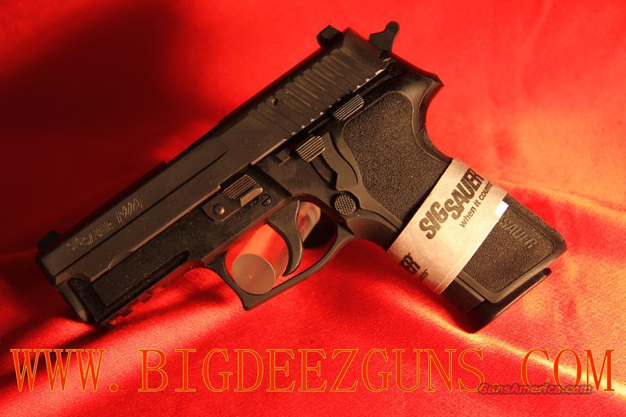 Sig Sauer P229 TACPAC .40S&W NIGHT SIGHT LIGHT LASER AND HOLSTER TO FIT E29R-40-BSS-TACPAC-L  Guns > Pistols > Sig - Sauer/Sigarms Pistols > P229