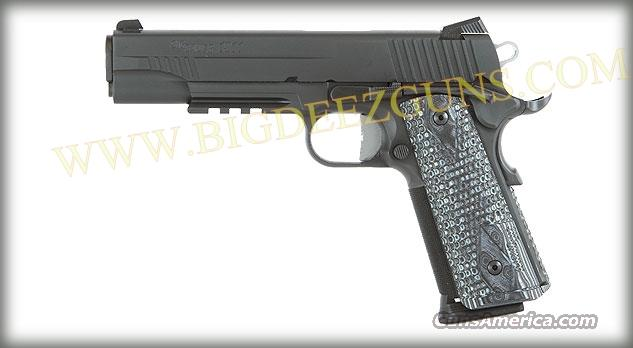 Sig Sauer 1911 EXTREME 8 + 1 45 ACP 2 Magazines 1911R-45-XTM-BLKGRY  Guns > Pistols > Sig - Sauer/Sigarms Pistols > 1911