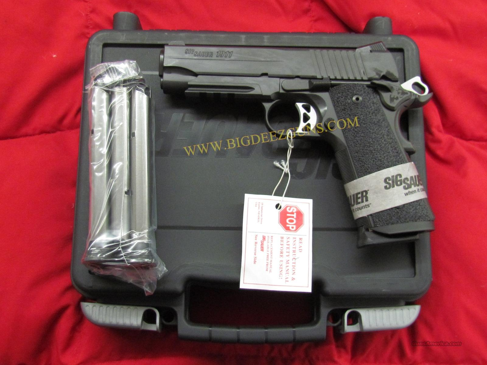 NEW FREE SHIPPING Sig Sauer 1911 CARRY TACTICAL OPERATIONS TACOPS 8 + 1 45 ACP 4 Magazines 1911CAR-45-TACOPS  Guns > Pistols > Sig - Sauer/Sigarms Pistols > 1911
