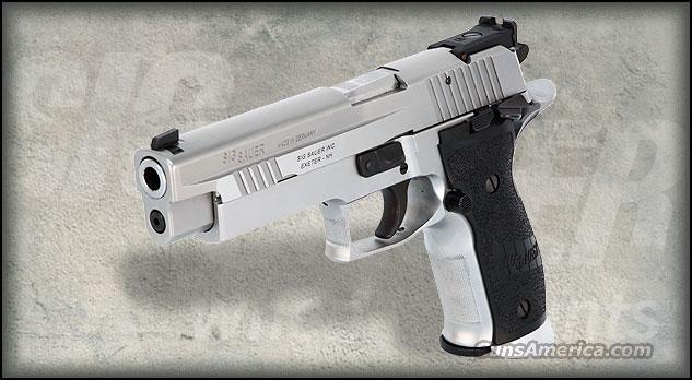 NEW Sig Sauer MASTERSHOP P226X5 40S&W Competition 10rd capacity  Guns > Pistols > Sig - Sauer/Sigarms Pistols > P226
