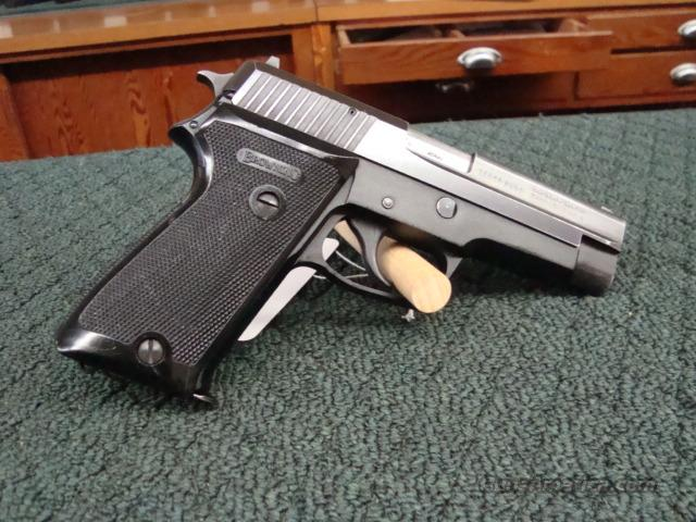 Browning BDA made by Sig Sauer  Guns > Pistols > Browning Pistols > Other Autos
