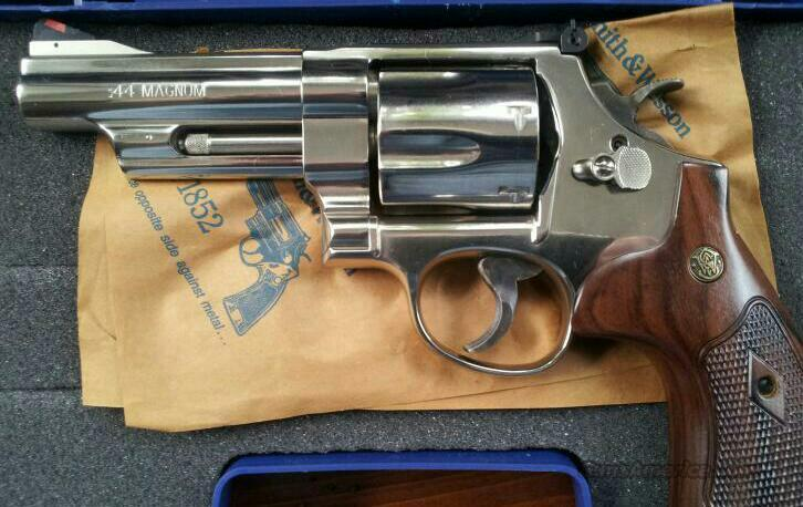 *NEW* Smith and Wesson Nickel Plated 4 inch Model 29 .44 Magnum  Guns > Pistols > Smith & Wesson Revolvers > Full Frame Revolver