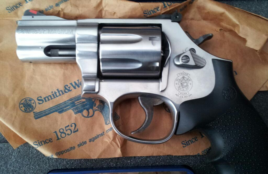 *NEW* Smith and Wesson 686 Plus 2.5  Guns > Pistols > Smith & Wesson Revolvers > Full Frame Revolver