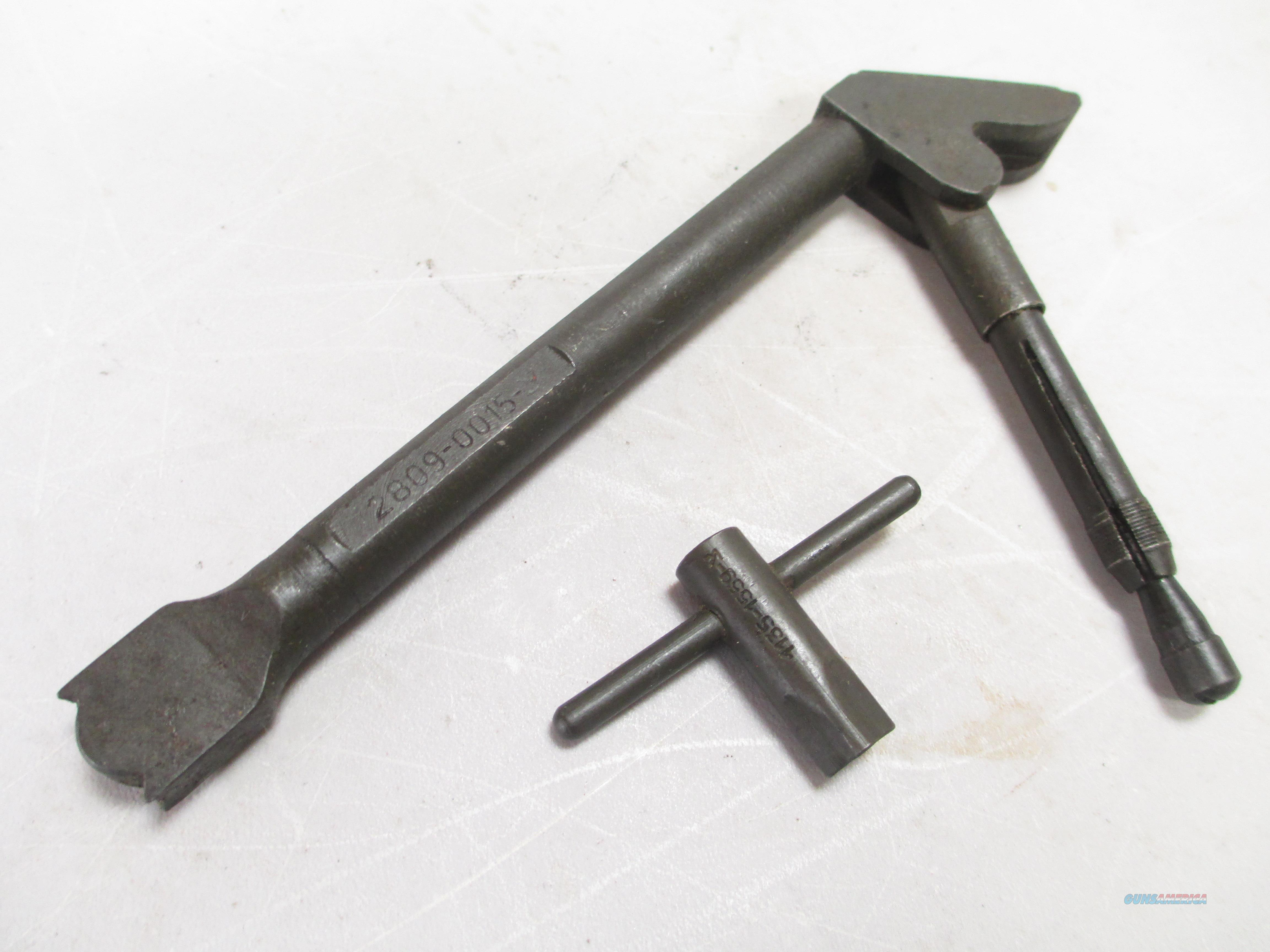 ISRAELI FAL BROKEN SHELL EXTRACTOR WITH SQ. POST FRONT SITE TOOL  Non-Guns > Gun Parts > Military - Foreign