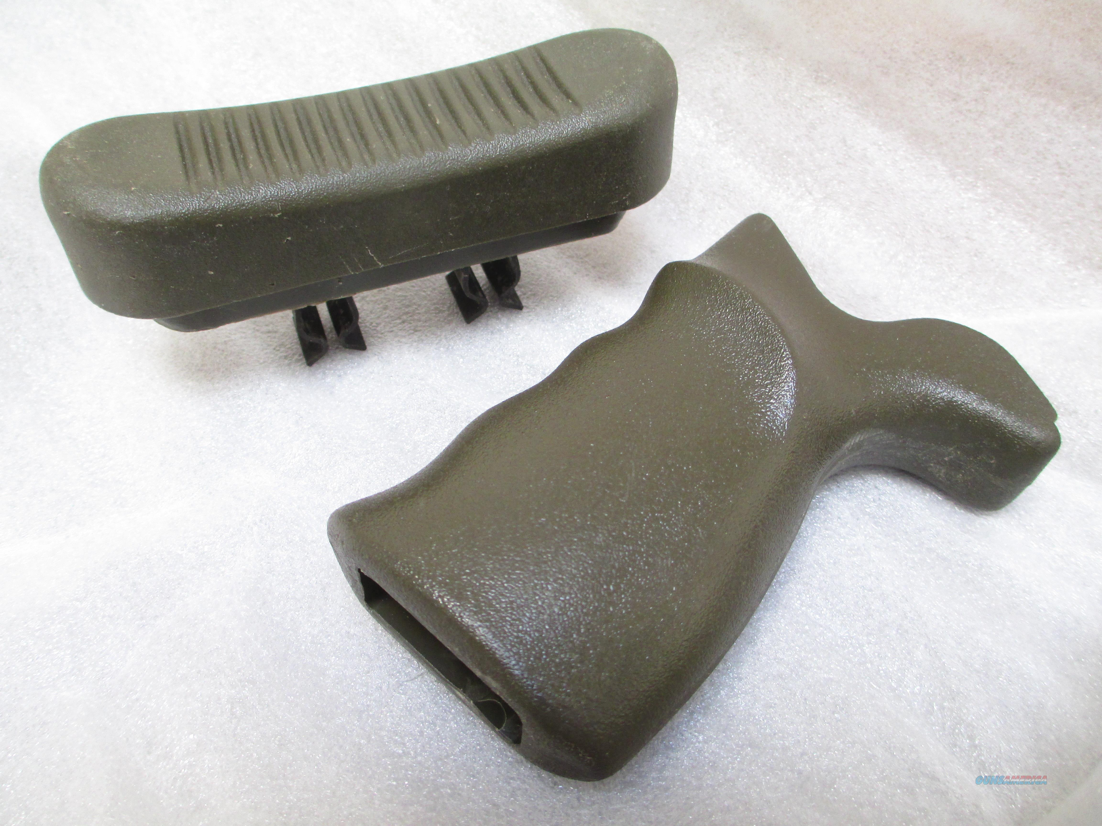 HK G3  GERMAN OD GREEN BUTTPAD NEW, GERMAN OD PISTOL GRIP  Non-Guns > Gun Parts > Military - Foreign