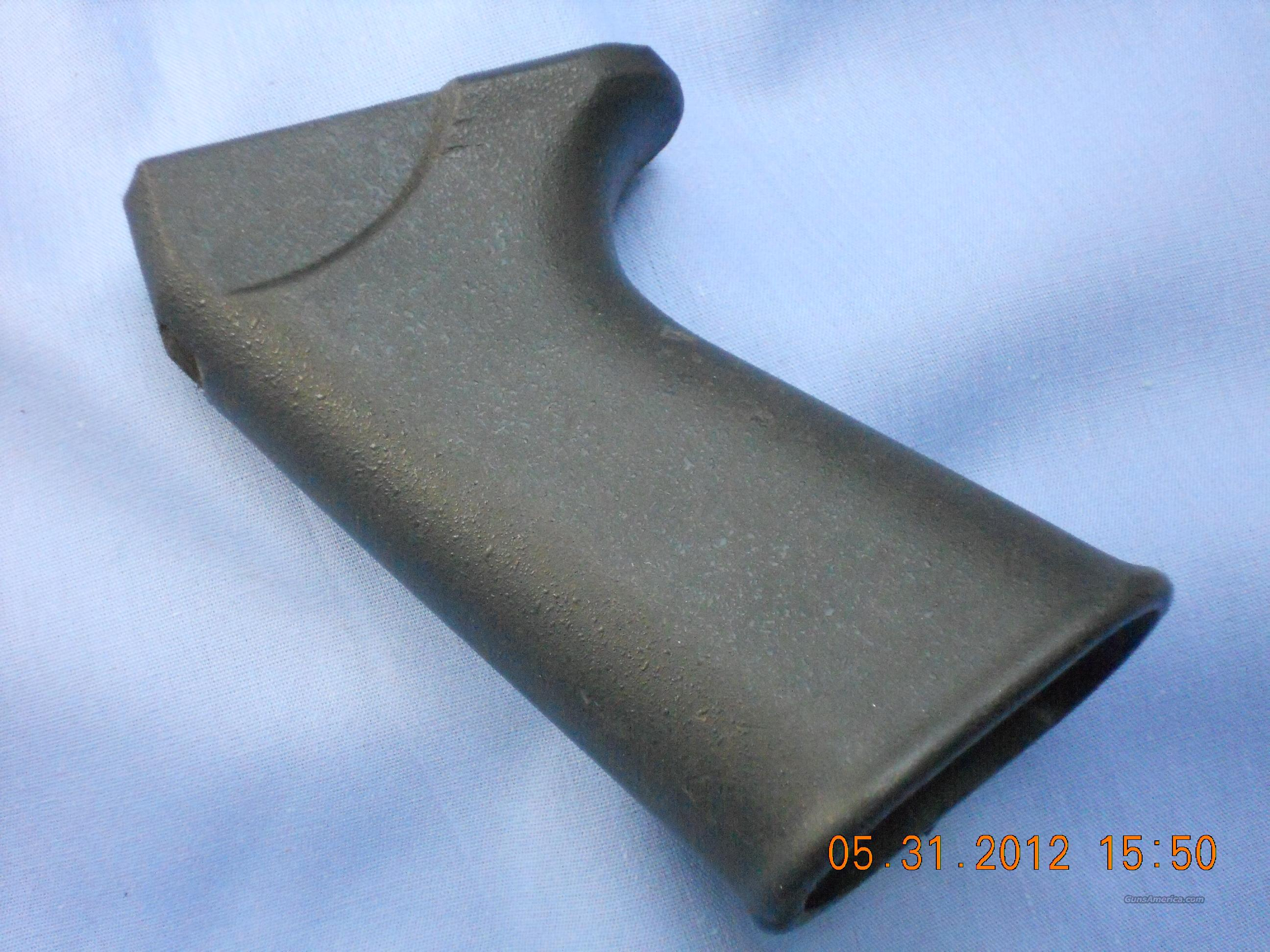 STG 58  PISTOL GRIP SPLATTER  FINISH  Non-Guns > Gun Parts > Military - Foreign