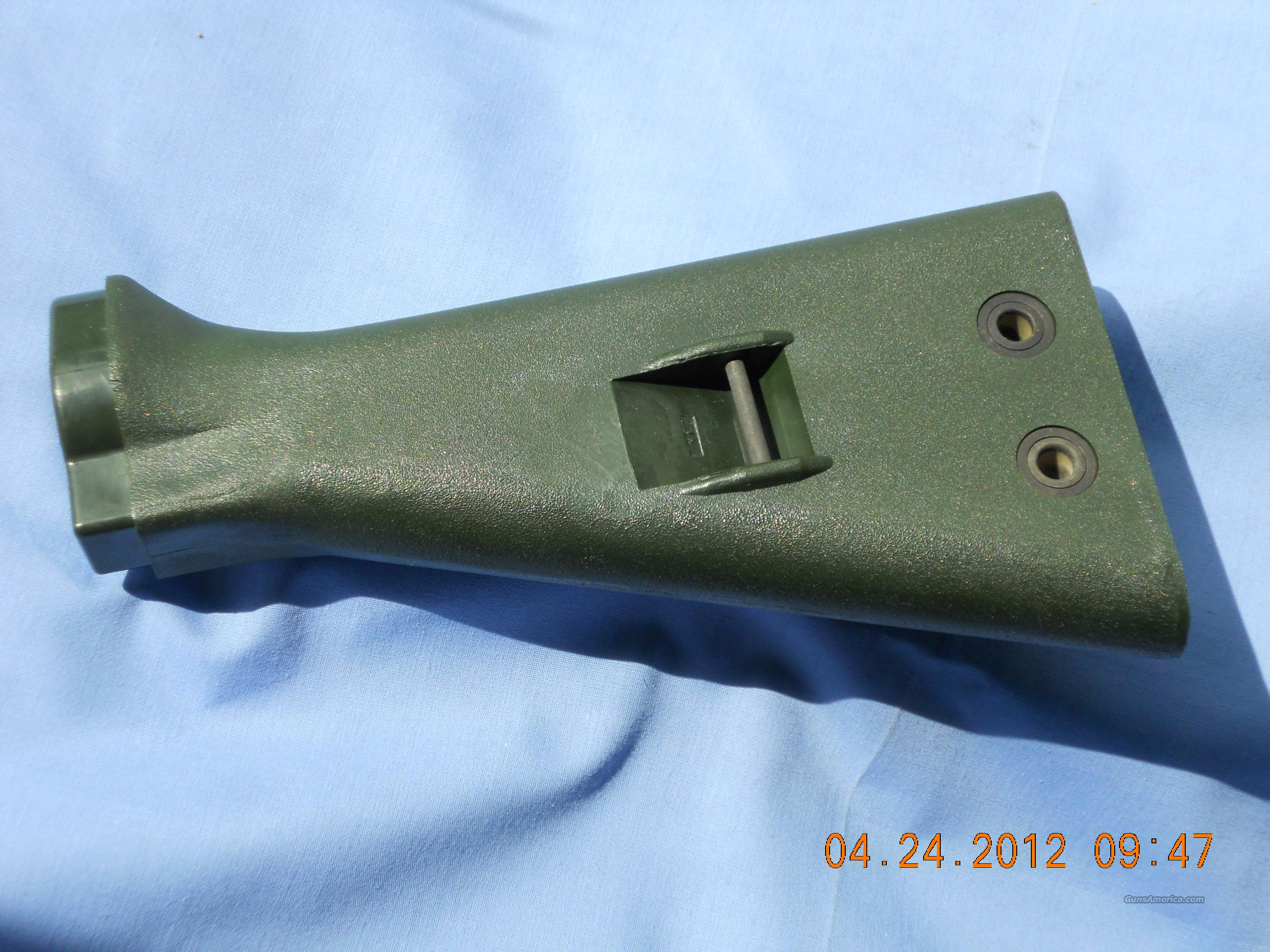 HK/G3 WEST GERMAN BUTTSTOCK TROPICAL GREEN  Non-Guns > Gun Parts > Military - Foreign