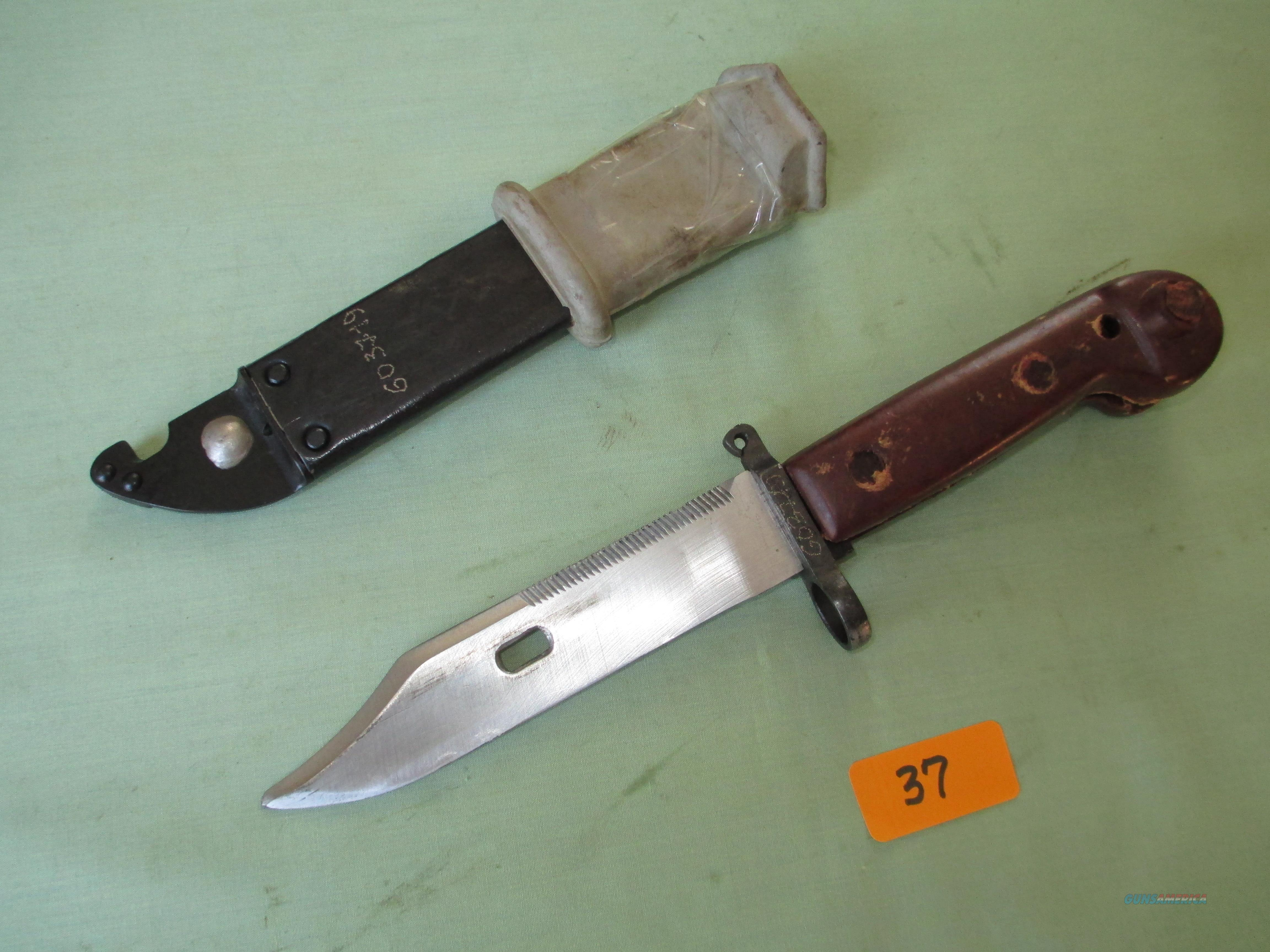 ROMANIAN AKM TYPE 2 BAYONET & SCABBARD  Non-Guns > Knives/Swords > Military > Bayonets