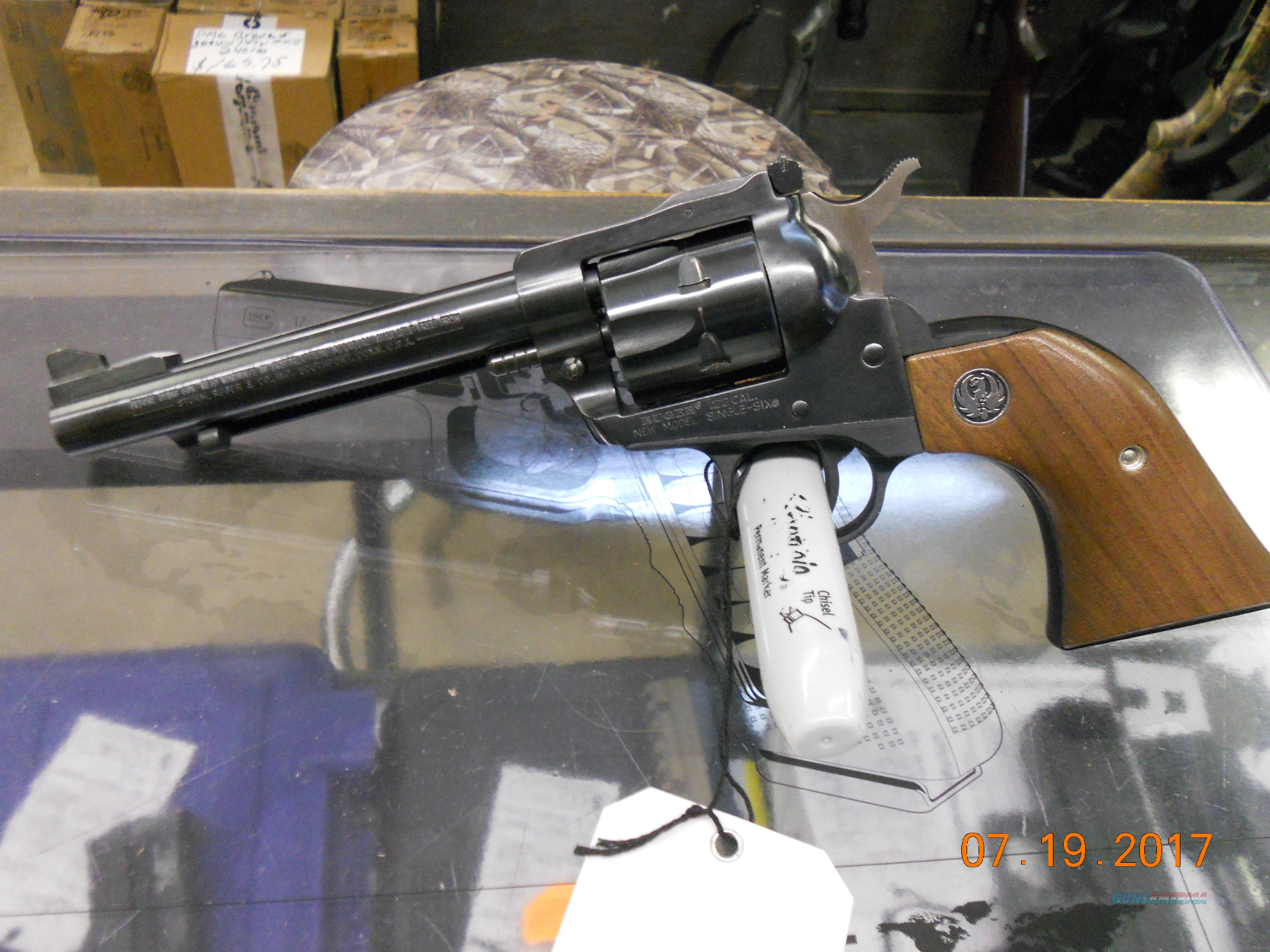 "RUGER NEW MODEL SINGLE SIX 5.5"" BRL. CONVERTABLE(USED)  Guns > Pistols > Ruger Single Action Revolvers > Single Six Type"