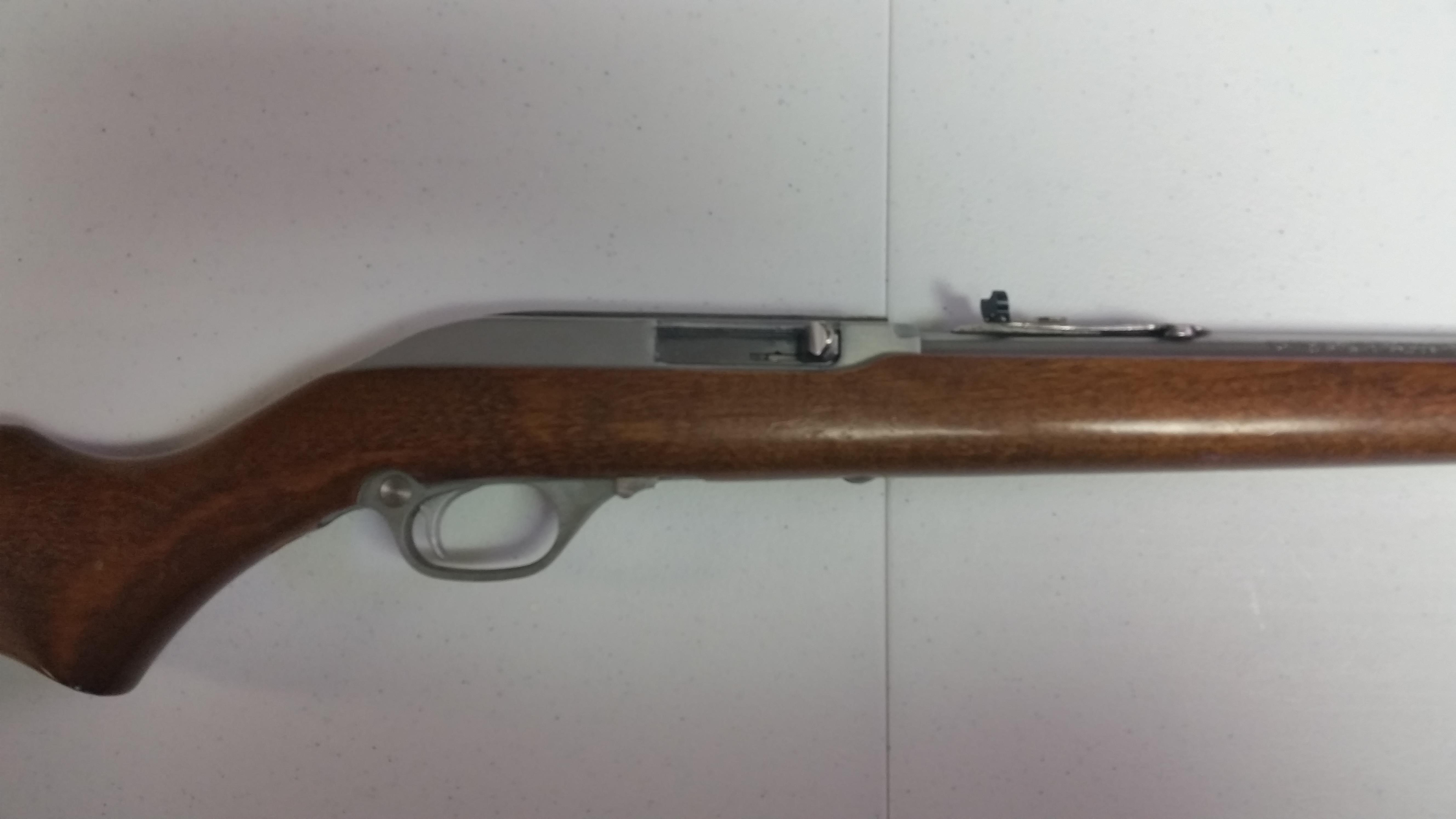 Marlin Model60SB  Guns > Rifles > Marlin Rifles > Modern > Semi-auto